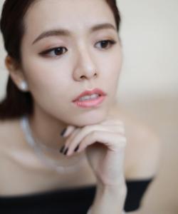 宋蕓樺性感優雅寫真圖片