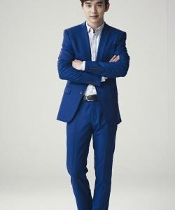 俞承豪儒雅帥氣藍色西裝寫真圖片