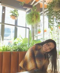 郭碧婷植物園甜美私服寫真圖片