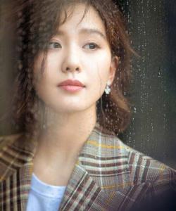 劉詩詩暖心大片美艷氣質寫真圖片
