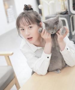 袁冰妍清新動人寫真圖片