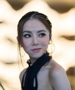 鄧紫棋炫酷時尚寫真圖片