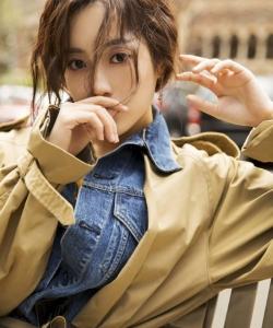 王梓薇優雅迷人時尚街拍圖片