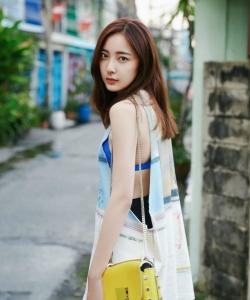 米露清新時尚街拍圖片