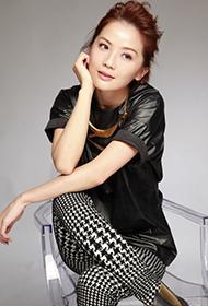 香港女星蔡卓妍尽显俏皮灵动写真
