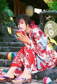 日本女星堀北真希穿和服靓丽写真