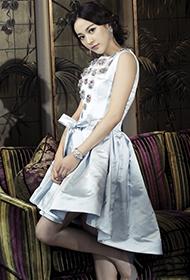 中国台湾女演员陈意涵复古优雅造型写真