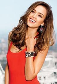 全民偶像杰西卡·阿尔芭笑容灿烂迷人写真照