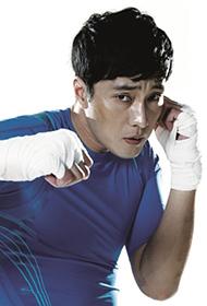 韩国男明星苏志燮展现力量美运动写真