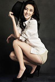 王丽坤黑白时尚质感大片 冷艳高贵气质迷人