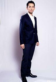 钟汉良西服帅气型男风范十足
