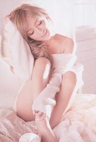 日本流行音乐女歌手滨崎步美丽动人靓照