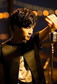 内地男歌手薛之谦诠释花美男迷人照