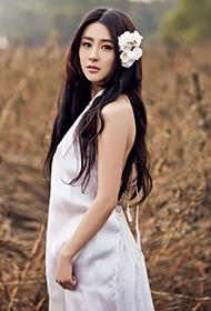 女演員賈青純白無暇唯美戶外寫真