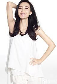 王丽坤优雅白裙甜美写真尽展女神范