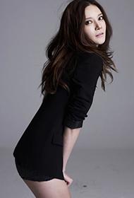 韩国女演员车艺莲散发独特性感魅力