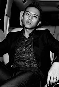 鄧超邪痞時尚帥氣型男風范