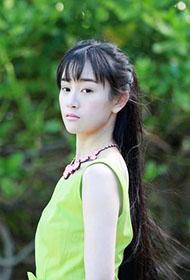 内地人气女星张檬夏日甜美写真
