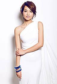 美女朱丹白裙简洁淡雅写真