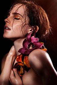 艾玛·沃特森半裸湿身诠释性感女人美