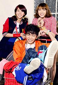 李民基與韓勝妍姜智英拍攝初春服裝宣傳照