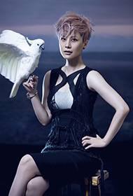 中国女演员海清时尚环保公益宣传照