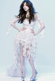 台湾女歌手王心凌华丽唯美写真