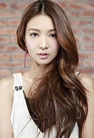 香港女演员薛凯琪性感白色蕾丝裙迷人写真