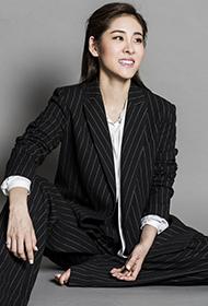 好声音张碧晨时尚杂志写真 女扮男装帅气性感