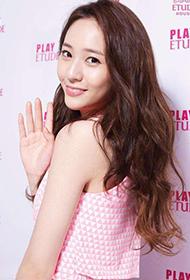 韩国女歌手郑秀晶美丽动人靓照