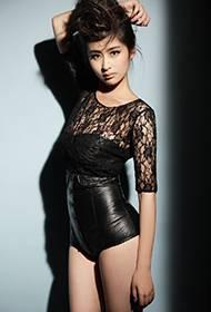 颖儿妖娆性感写真 化身火辣美人
