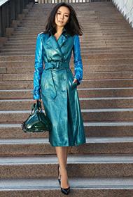 女明星董洁演绎优雅时尚女郎街拍照
