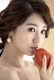 尹恩惠性感造型尽显魅力十足靓照