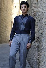 吴奇隆意大利街头百变造型 造就时尚造型指标