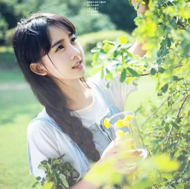 清新甜美的女生qq唯美景色头像图片