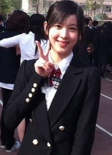 奶茶妹妹章泽天清纯可爱毕业照曝光