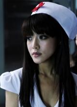 《夜店诡谈》邓家佳化性感护士火辣上演