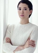 袁咏仪优雅写真 展幸福女人大气从容风采