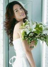 于娜最新一组婚纱照 女人的优雅大方