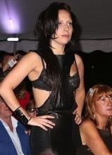 Lady Gaga素顏現身 驚現鼻環嚇壞網友