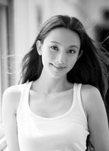 华晨宇白举纲帅气出席2013微博之夜