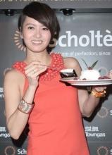 梁詠琪出席品牌活動 分享與老公的廚房甜蜜