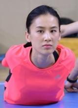 黄圣依参加中国星跳跃训练照