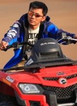 李晨摩托車寫真 沙漠飆車