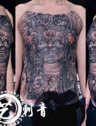 胸前个性大黑天纹身