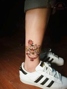 小腿招财猫纹身美美哒