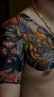 霸氣的鐘馗和貔貅半甲紋身