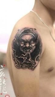 個性霸氣的鐘馗手臂紋身