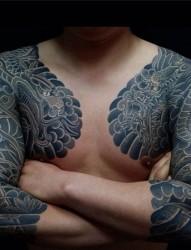 经典男性花臂半甲纹身