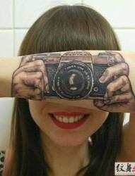分享一組極具創意的個性紋身